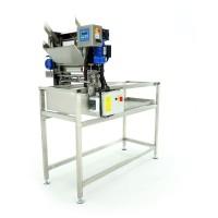 Стол для распечатывания рамок с автоматическим подавателем, 230V с ножами (электрический подогрев)
